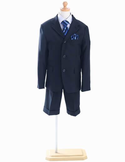 男の子のスーツ